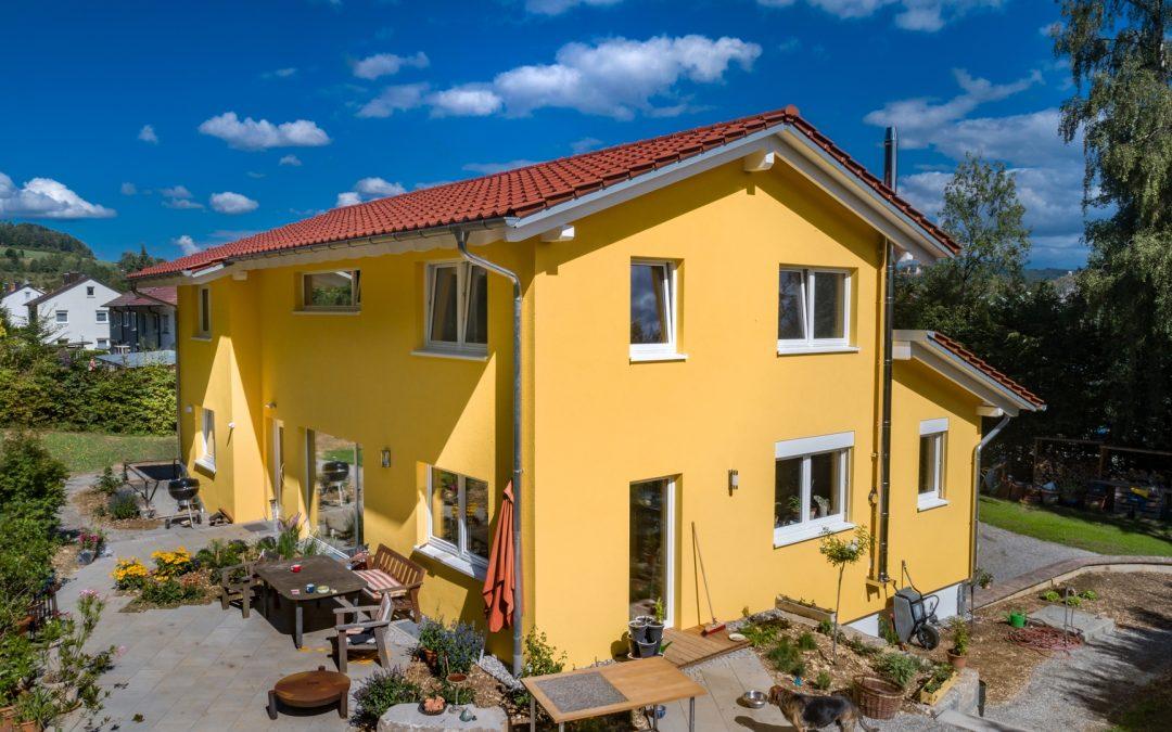 Neubau Kompaktes und schönes Haus für Ruhe und Zweisamkeit